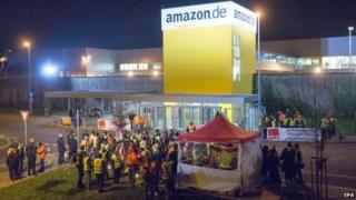 Strikers outside Amazon depot