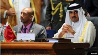 Sheikh Tamim bin Hamad Al Thani (right)