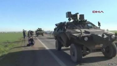 Convoy on Turkey Syria border