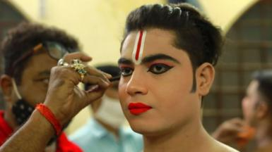Mithilesh Pandey getting ready for the performance.
