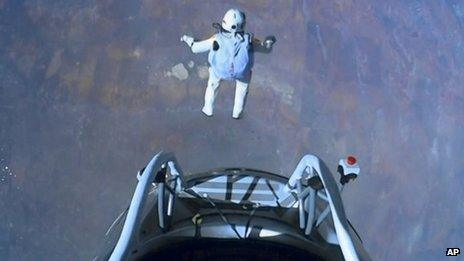 Baumgartner in freefall above the Earth