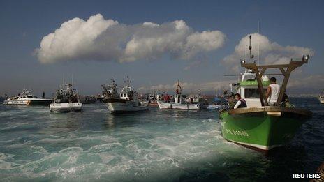 Spanish fisherman protesting