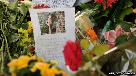 Floral tribute to Amy Winehouse