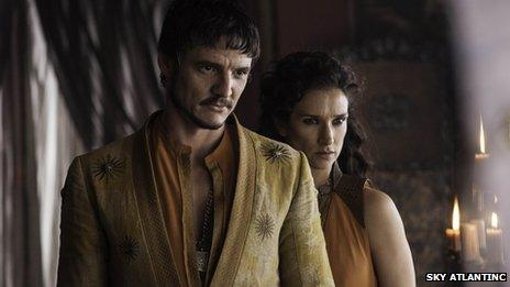 Pedro Pascal and Indira Varma as Oberyn Martell and Ellaria Sand