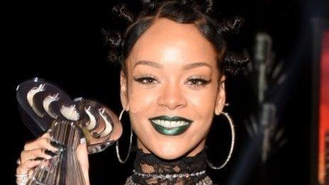 Rihanna with her 2014 iHeart Radio Music Award