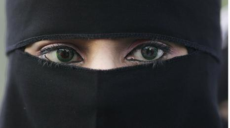 Woman wearing niqab