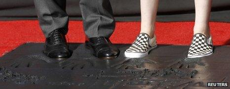 Robert Pattinson and Kristen Stewart's feet