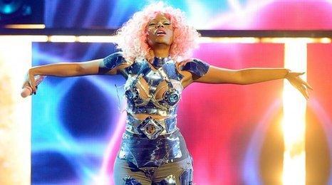 Nicki Minaj with pink hair
