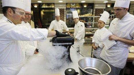 Chef using liquid nitrogen in New York