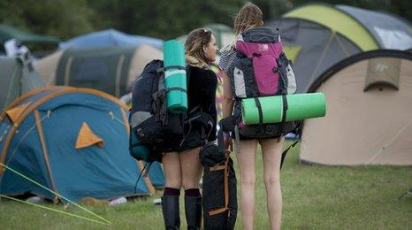 Hop farm campers