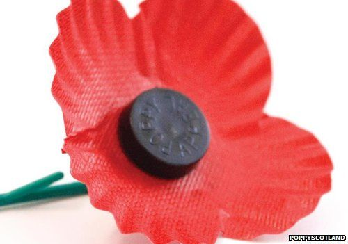 Remembrance poppy controversies and how to wear it bbc newsbeat a picture of the scottish poppy mightylinksfo