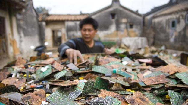 Electronic devices contain many precious metals and rare earth elements, but much of it is extracted in polluting, toxic places such as Guiyu in China
