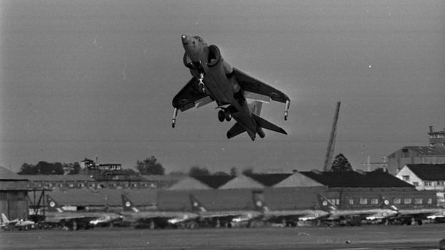Hawker Siddeley P1127 prototype vertical/short takeoff and landing aircraft at Farnborough air show, 1964