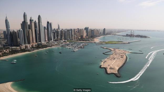 Nhiều người còn nhớ Dubai là một thị trấn đánh cá, không phải một thủ đô đầy nhà chọc trời như nó đã trở thành trong nhiều thập kỷ từ khi Các tiểu Vương Quốc Ả Rập Thống Nhất hình thành năm 1971