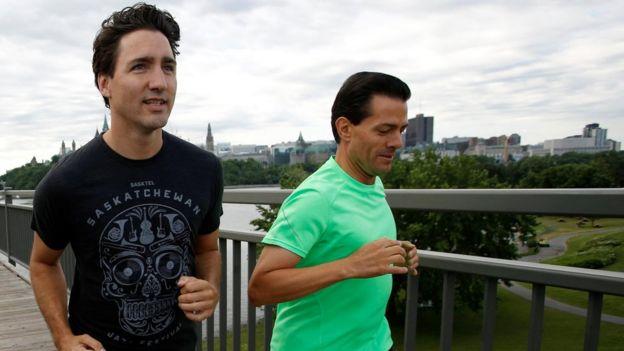 Peña Nieto y Trudeau trotando