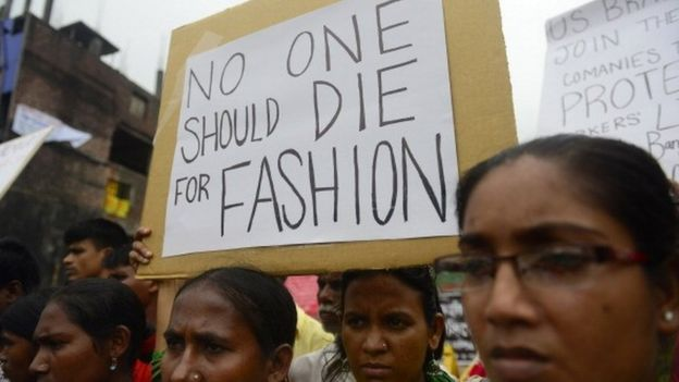 Bangladeshi women protest after textile factory collapse