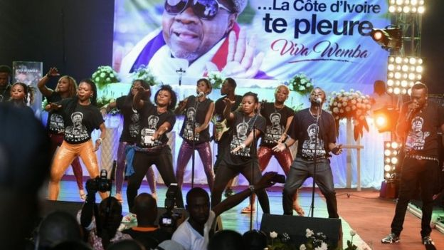 Papa Wemba's group performing at the memorial concert