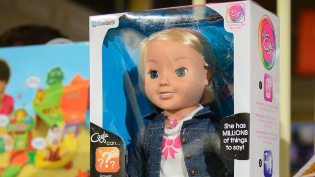 A boneca Cayla