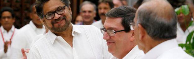 FARC and government negotiators in Havana