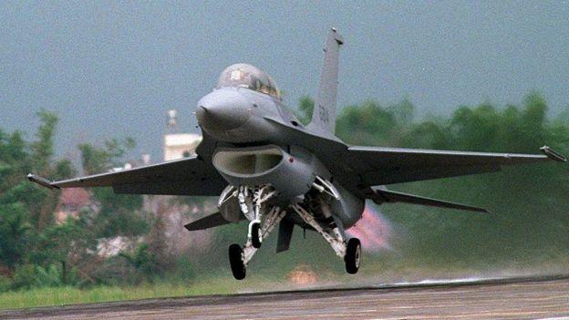 资料图片:台湾的F16战斗机