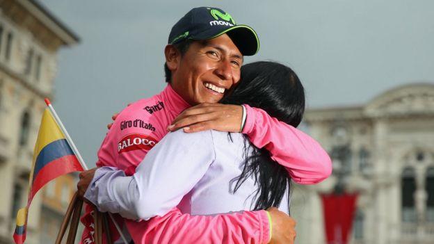Nairo Quintana con su madre