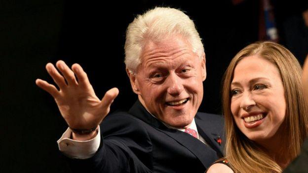 Bill Clinton y su hija Chelsea Clinton