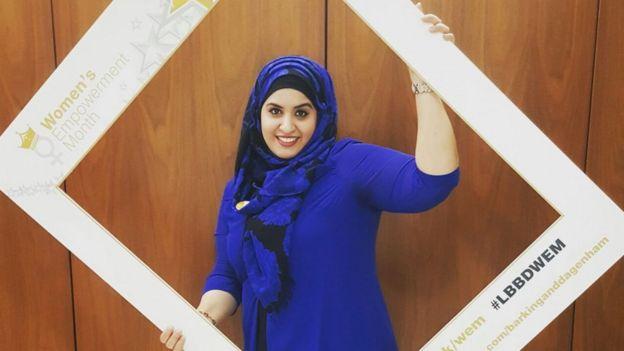 Aujourd'hui maire adjointe du borough de Barking et Dagenham à Londres, Saima Ashraf, française, a acquis récemment la nationalité britannique