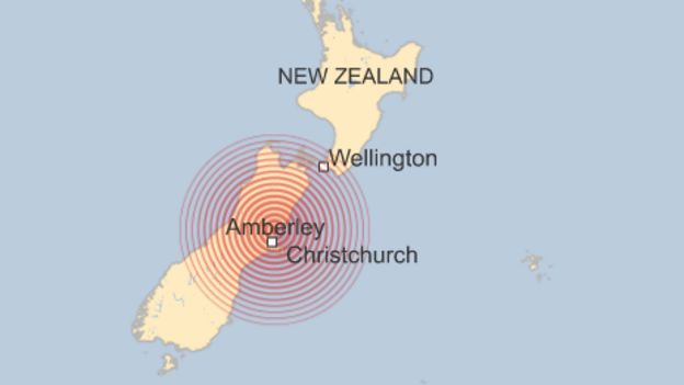 New Zealand earthquake: Tsunami follows powerful tremor _92420886_newzealand_christchurch