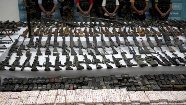 Armas apreendidas em operação contra membros do grupo