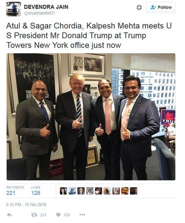 Post de la cuenta de Twitter de Trump reunido con empresarios indios
