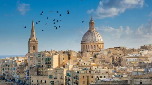 مدينة فاليتا في مالطا