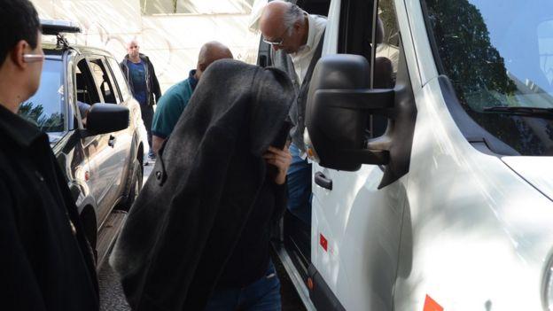 Acusados da Operação Boca Livre, que investiga fraudes na Lei Rouanet, chegam a fórum em SP, para depor, em 29/6/2016
