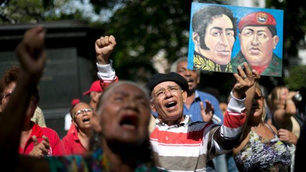 Concentración a favor del gobierno de Maduro