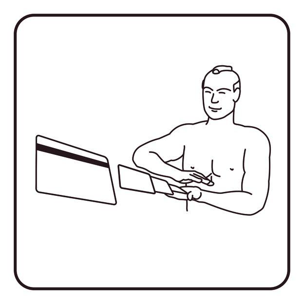 Homem espalhando cartões de crédito como se fossem baralho