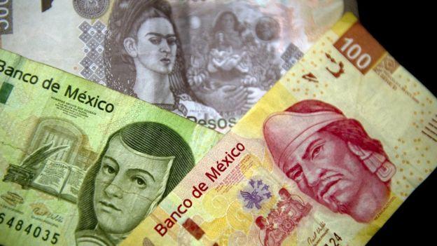 Billetes de peso mexicano.
