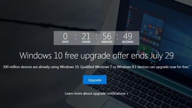 La pantalla de cuenta regresiva de Microsoft para la actualización de Windows 10