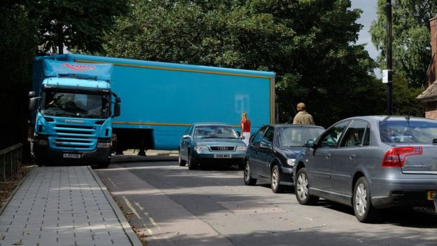 Argos lorry stuck