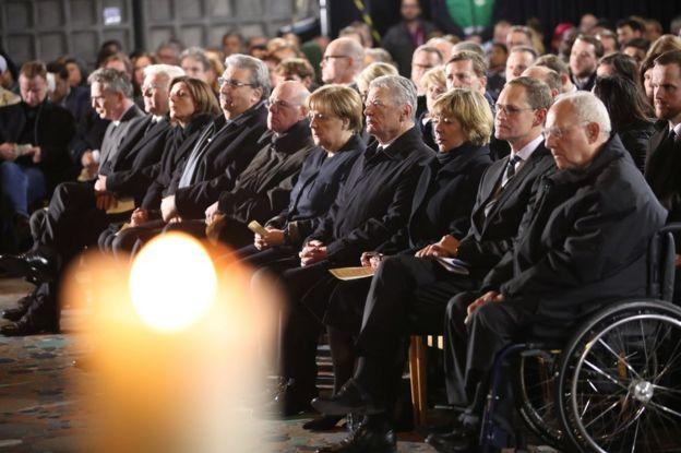 المستشارة الألمانية أتغيلا ميركل في حفل تأبين الضحايا