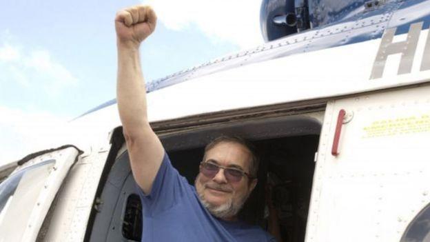Kolombiya'da 52 yıllık savaşı resmen bitiren anlaşma imzalandı-3