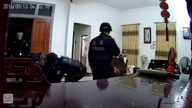警方抓捕村民過程(烏坎村村民提供片段13/9/2016)