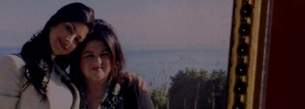 提茲亞娜生前與母親瑪麗亞的資料照片