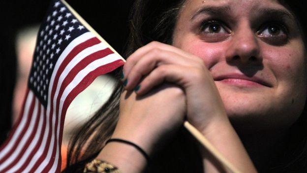 Raia wa Marekani wakifuatilia kampeni za wagombea wao moja kwa moja