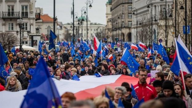 The pro-EU Committee for Democracy Defence (KOD) in Warsaw - a protest to mark the 60th anniversary of the founding Treaty of Rome, 25 March 2017