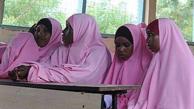 Wasichana waliovalia hijab