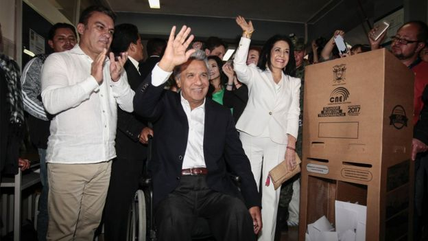 Ecuador va a segunda vuelta presidencial