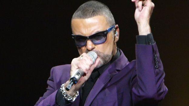 El cantante se había enfrentado a una neumonía severa en 2011.