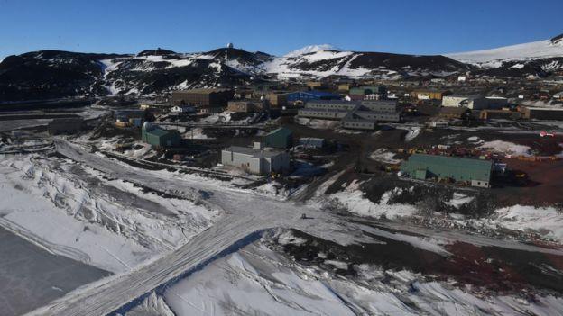 Estação McMurdo, dos Estados Unidos, na Antártida