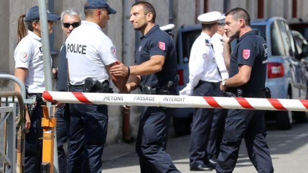 Police officers in Nice