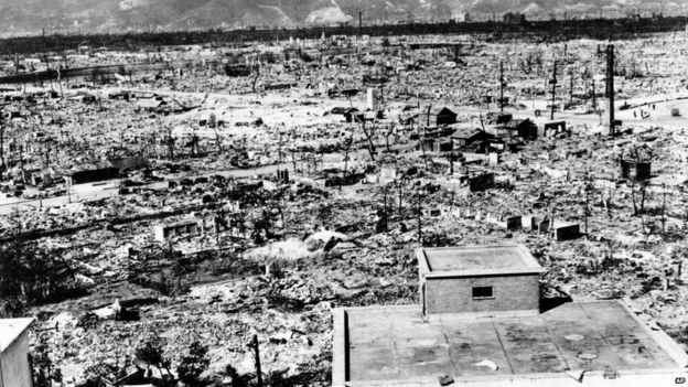 was truman justified in dropping the atomic bomb essay President truman decided to use the atomic bomb when things were getting  worse  dropping the atomic bomb on japan essay example - in may of 1945, .