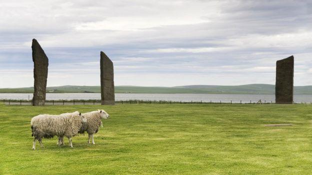 Мегалиты Стеннесса на шотландских Оркнейских островах